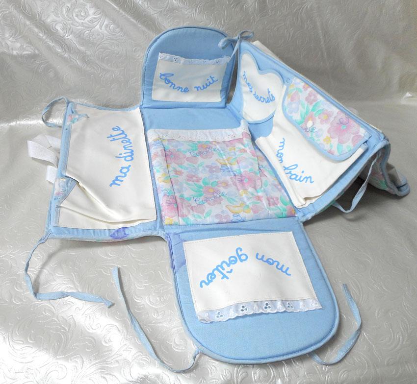 lot corolle sac de voyage chambre lit valise catalogue 1990 poupon b b tidoo ebay. Black Bedroom Furniture Sets. Home Design Ideas